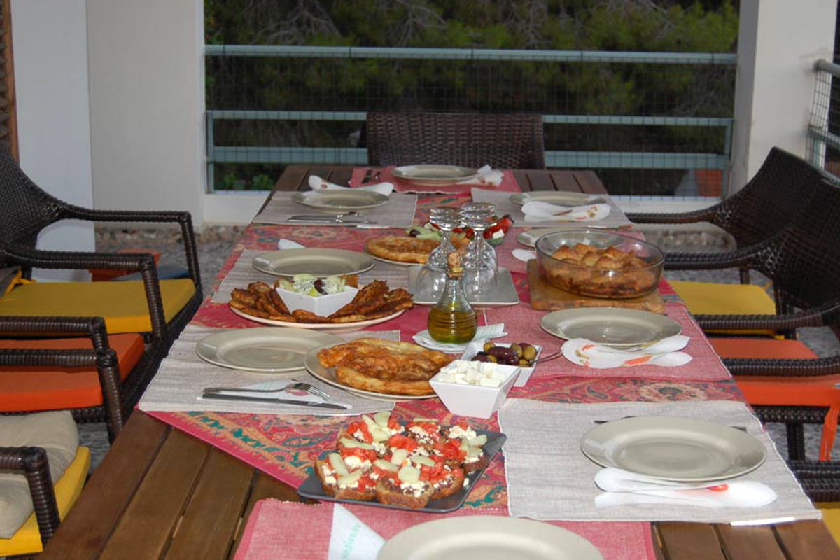 https://www.villas-alonissos.com/wp-content/uploads/2020/01/villa-alonissos-greece-2.jpg
